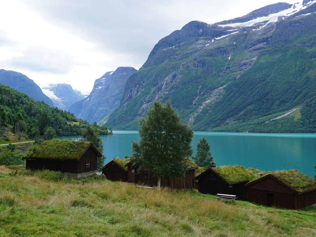 Lodalsvatn lodalvalley lake